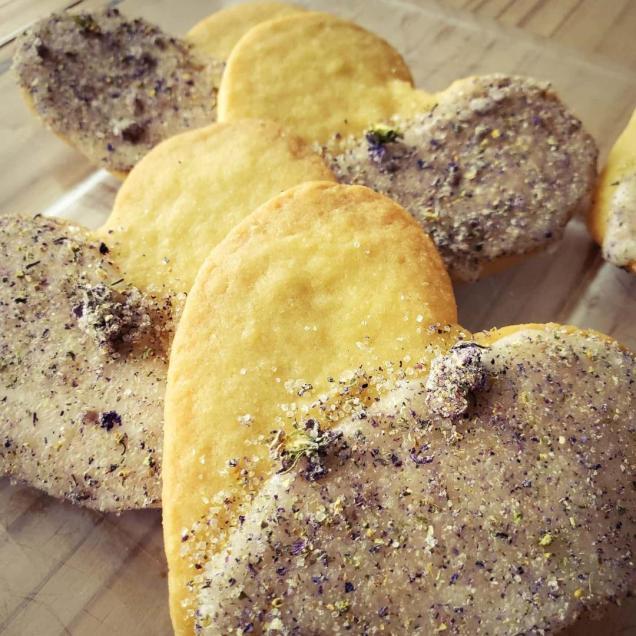 violet sugar cookies 1